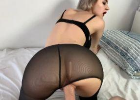 Порно Exclusive Quick Fuck with the Perfect Schoolgirl in Tights