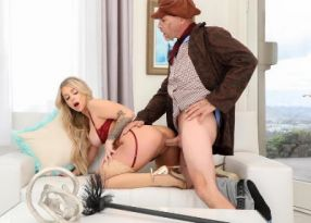 Порно Porn Studio Chimney Sweeper Cleans Up That Pussy